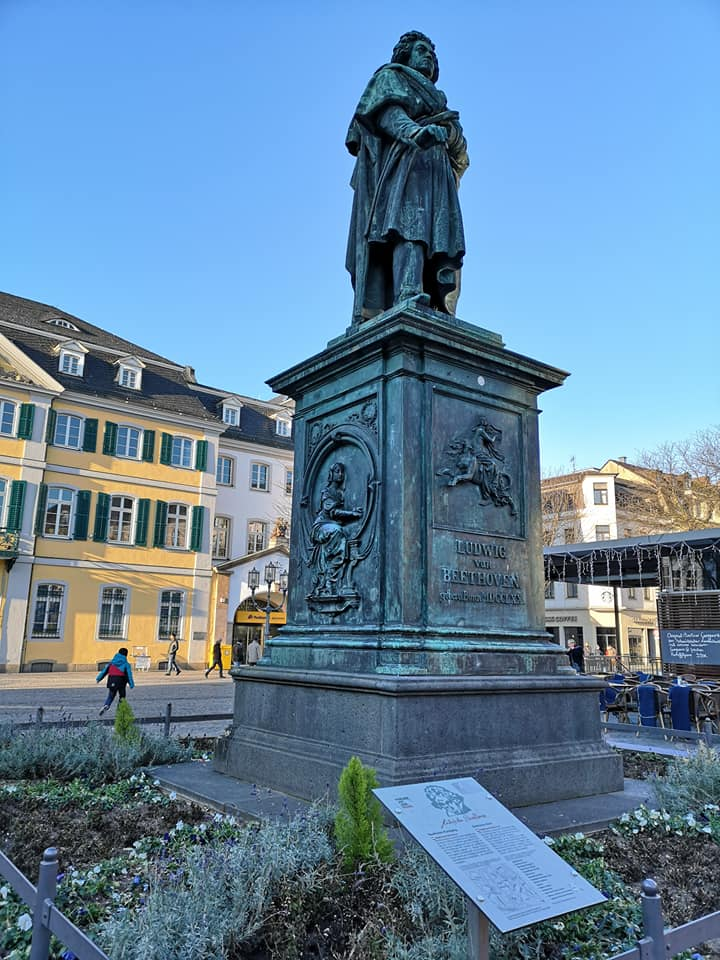 Beethoven's Denkmal in Bonn Germany. What to see in Bonn Germany.